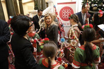 Коледари и сурвакари гостуваха в Народното събрание в навечерието на Коледните празници - Изображение 4