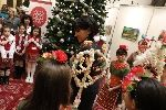 Коледари и сурвакари гостуваха в Народното събрание в навечерието на Коледните празници - Изображение 7